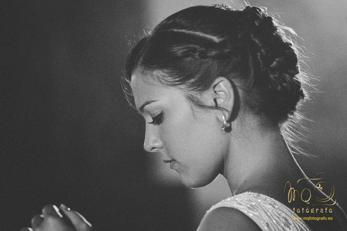 foto de perfil de la novia en blanco y negro